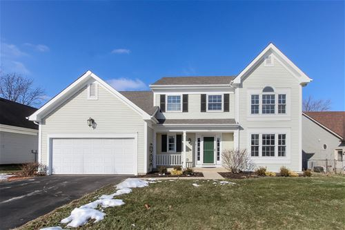932 Manchester, Cary, IL 60013