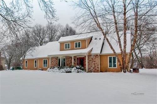 755 Sprucetree, Algonquin, IL 60102