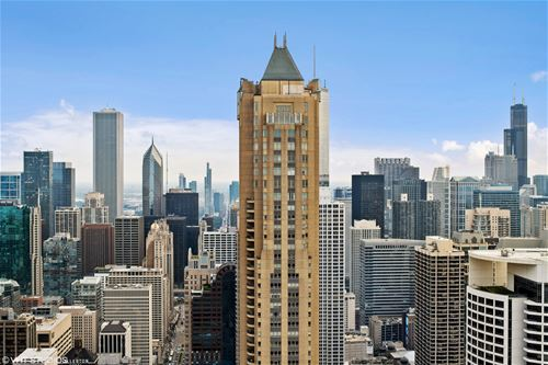 800 N Michigan Unit 3303, Chicago, IL 60611 Gold Coast