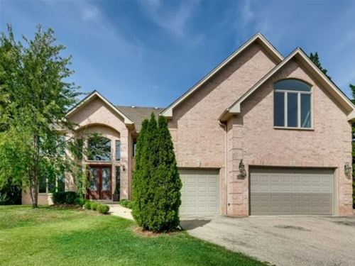 3650 Whirlaway, Northbrook, IL 60062