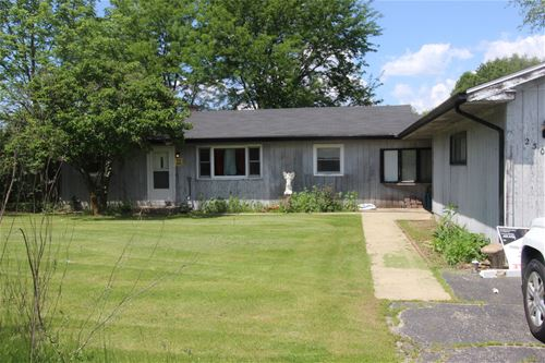 2302 Nw Route 12, Spring Grove, IL 60081