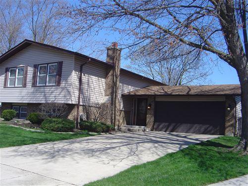6 Pinecrest, Bolingbrook, IL 60440