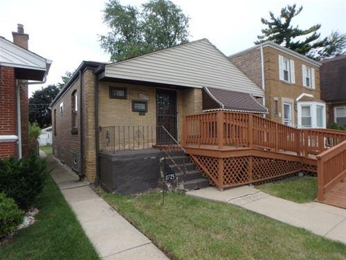 10725 S Eberhart, Chicago, IL 60628 Roseland