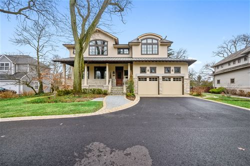 938 Raleigh, Glenview, IL 60025