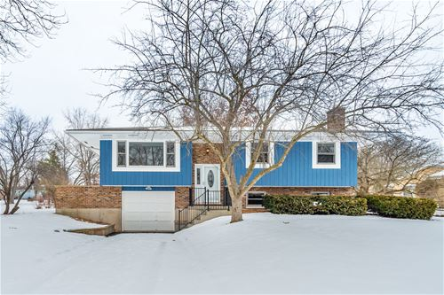 15146 W Redwood, Libertyville, IL 60048