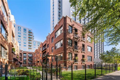 900 W Winona Unit 3, Chicago, IL 60640