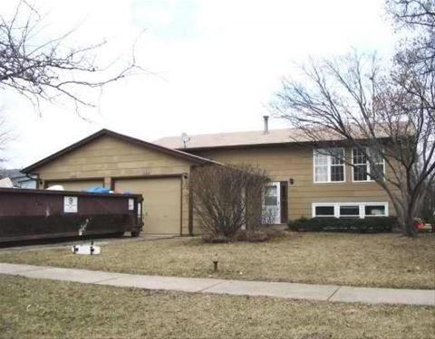 1286 Thomas, Woodstock, IL 60098