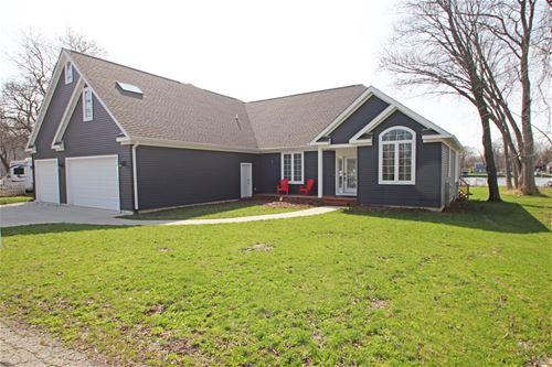 2215 N Woodlawn Park, Mchenry, IL 60051