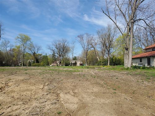 602 N Maple, Prospect Heights, IL 60070