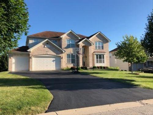 5767 Red Oak, Hoffman Estates, IL 60192