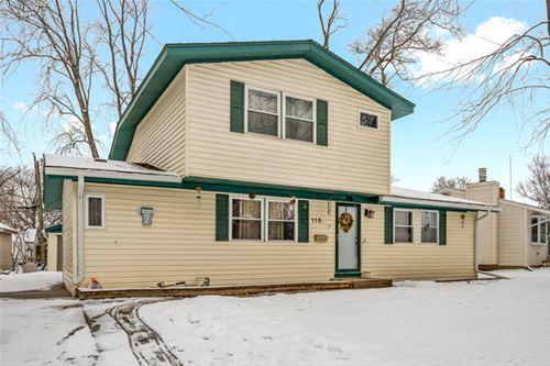 115 Mora, Carpentersville, IL 60110