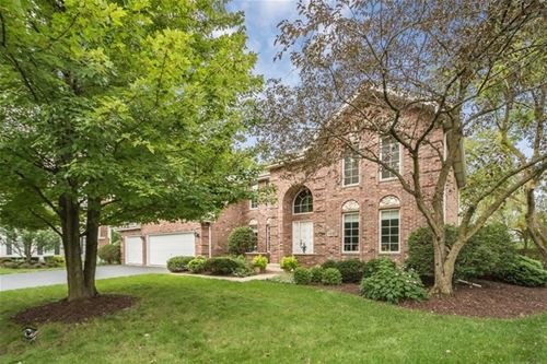 6642 St James, Downers Grove, IL 60516