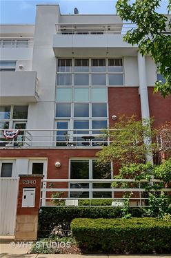2940 N Hermitage, Chicago, IL 60657 Lakeview
