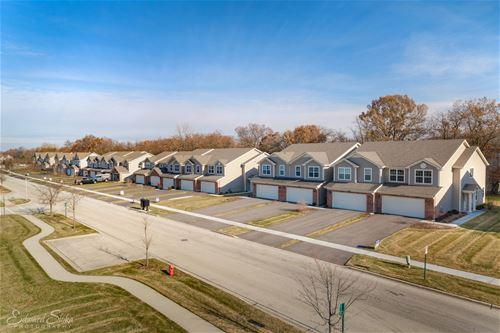 1304 Prairie View, Cary, IL 60013
