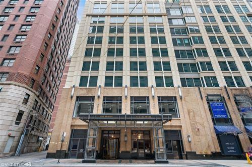 57 E Delaware Unit 2703, Chicago, IL 60611 Gold Coast