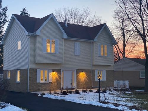 625 W Bunting, Mount Prospect, IL 60056