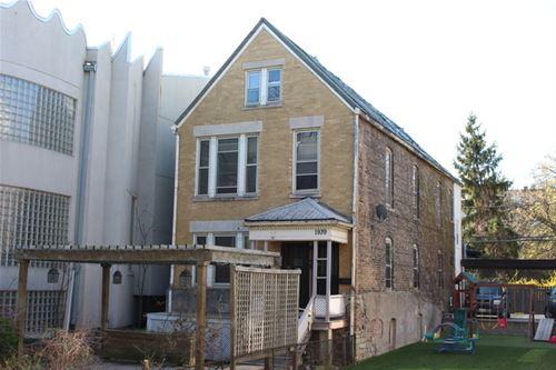 1939 W Cortland, Chicago, IL 60622 Bucktown