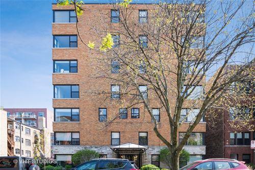 525 W Aldine Unit 104, Chicago, IL 60657 Lakeview