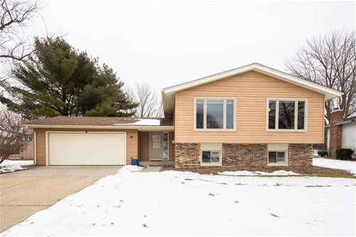 29 New Castle, Crystal Lake, IL 60014