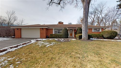 950 S Walnut, Arlington Heights, IL 60005