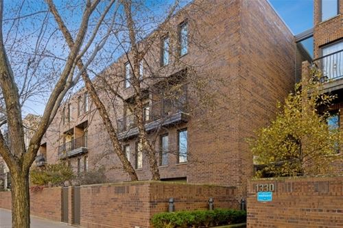 1330 N La Salle Unit 313, Chicago, IL 60610 Old Town