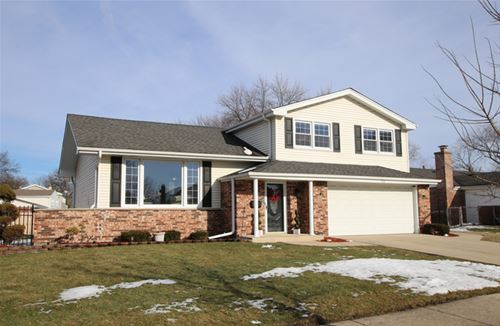 1710 S Milbrook, Arlington Heights, IL 60005