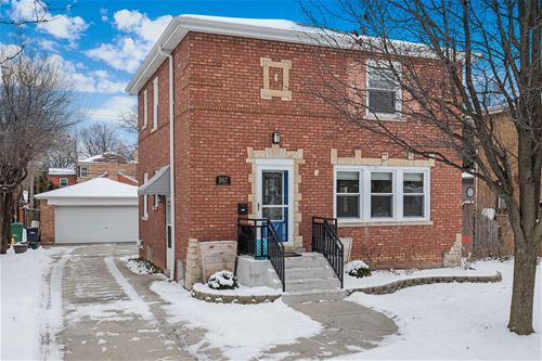 1817 Hull, Westchester, IL 60154