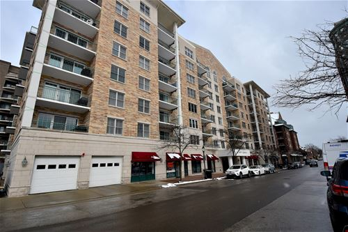 200 W Campbell Unit 703, Arlington Heights, IL 60005