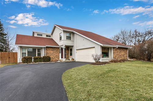 352 White Oak, Gurnee, IL 60031