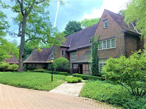 331 N Mayflower, Lake Forest, IL 60045
