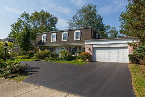 2140 Clover, Northbrook, IL 60062