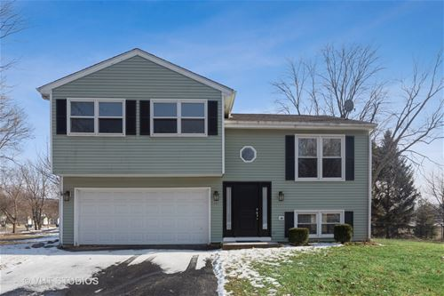 685 Milton, Naperville, IL 60563