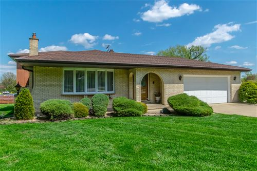 243 Bunting, Bloomingdale, IL 60108