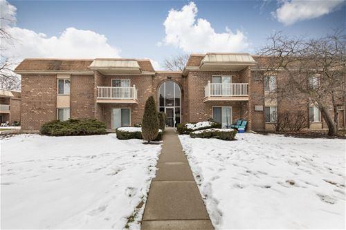 2426 N Kennicott Unit 2A, Arlington Heights, IL 60004