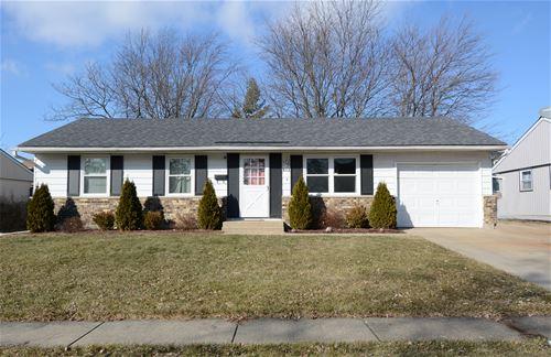 812 Robinson, Streamwood, IL 60107