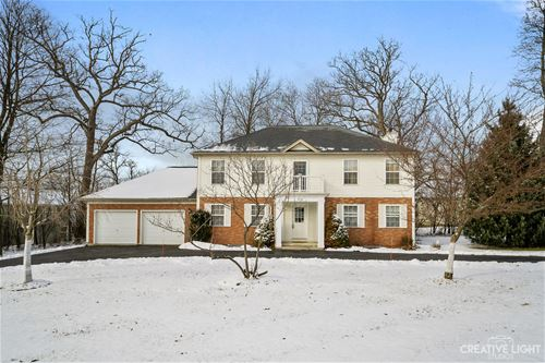 1025 Deer Creek, Carpentersville, IL 60110