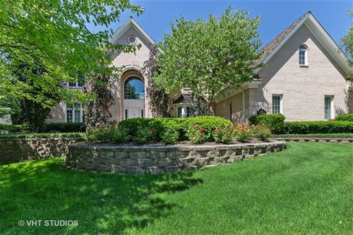 320 Camelot, Libertyville, IL 60048