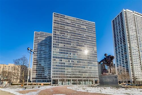 330 W Diversey Unit 502, Chicago, IL 60657 Lakeview