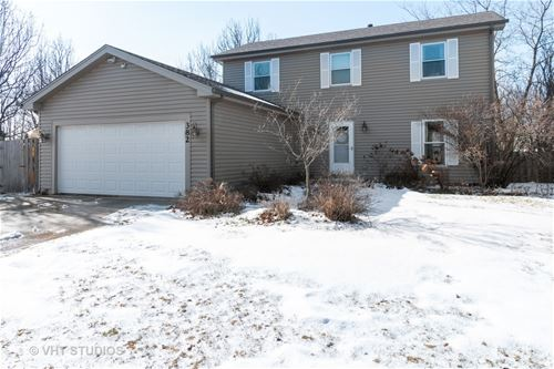 382 Country, Algonquin, IL 60102