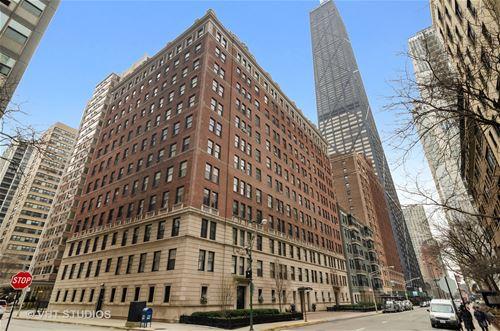 237 E Delaware Unit 7B, Chicago, IL 60611 Streeterville