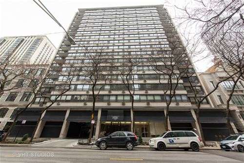 33 E Cedar Unit 16G, Chicago, IL 60611 Gold Coast