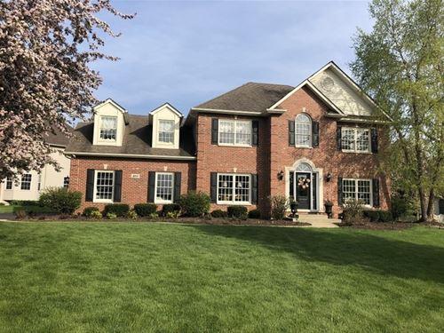 300 Ash Grove, Oswego, IL 60543