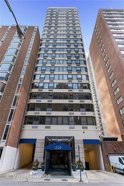 221 E Walton Unit 20E, Chicago, IL 60611 Streeterville