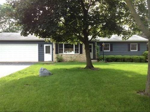 43 W Rickard, Oswego, IL 60543