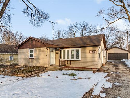 1542 N Madison, Woodstock, IL 60098