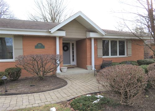 801 S Beverly, Arlington Heights, IL 60005