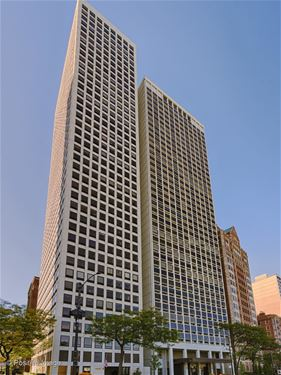 1110 N Lake Shore Unit 19N, Chicago, IL 60611 Gold Coast