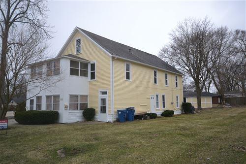 216 S Oak, Bartlett, IL 60103