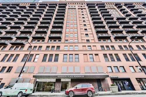 165 N Canal Unit 1304, Chicago, IL 60606 The Loop