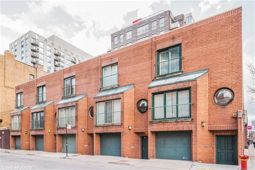 171 W Goethe Unit B, Chicago, IL 60610 Old Town